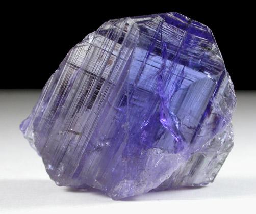 Museum Tanzanite: Photographs Of Mineral No. 40318: Zoisite Var. Tanzanite